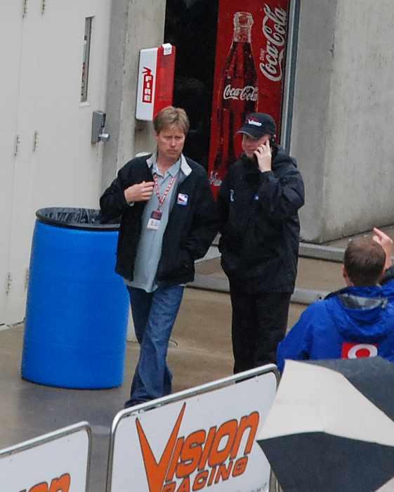 Davey Hamilton (left) on race morning - 91st Indy 500